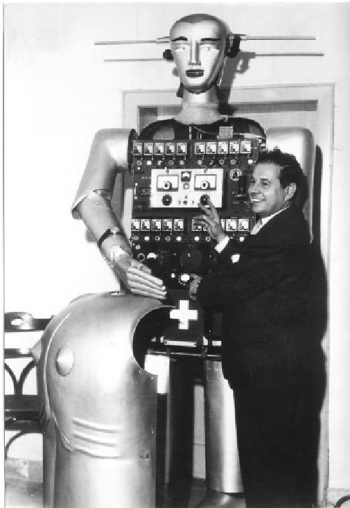 1954 Sabor mit seinem Erbauer Peter Steuer