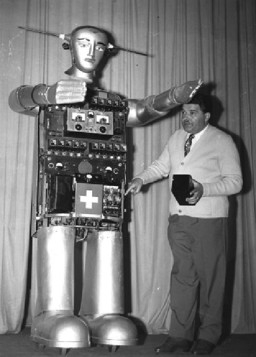 1955 Sabor mit seinem Assistenten Bobby Lugano